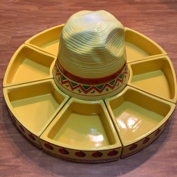 Oneida Taco Server La Fiesta Casserole Sombrero
